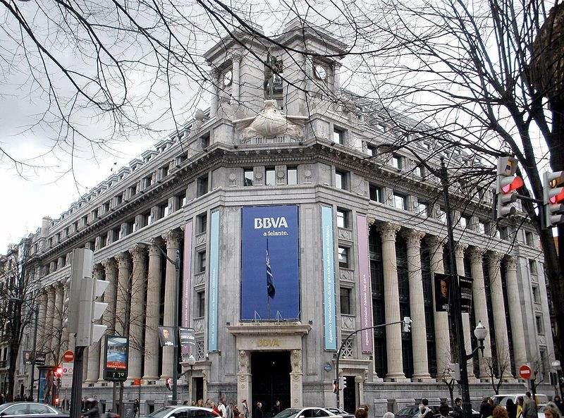 800px-Bilbao_-_BBVA_(ex_Banco_de_Comercio)_2