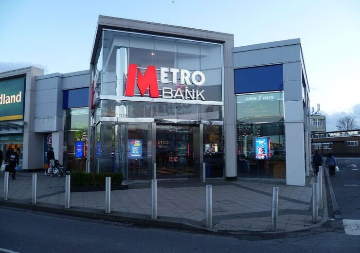 1024px-Metro_Bank,_Borehamwood