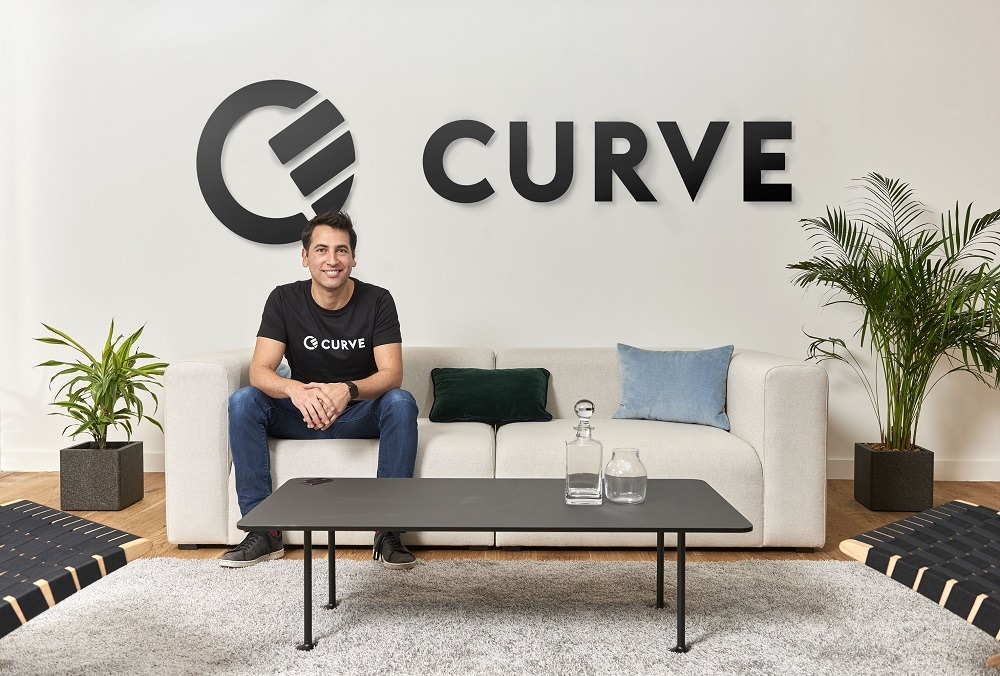 what is curve card