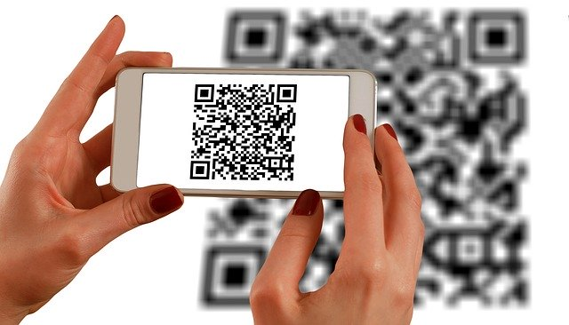 Linx and PicPay partner up to enable payments via QR code. (Credit: Gerd Altmann from Pixabay.)