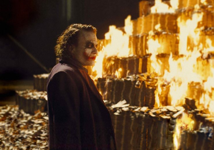Joker burning money