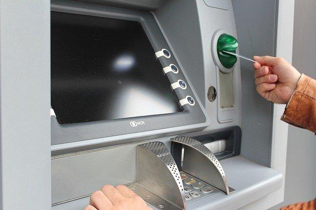 Banco Internacional, ACI Worldwide collaborate on ATM networks servicing. (Credit: Pixabay/ Peggy und Marco Lachmann-Anke)