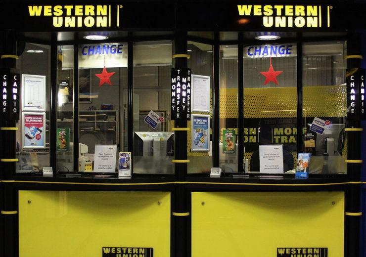 1091px-Western_Union_Schalter_am_Hauptbahnhof_Muenchen