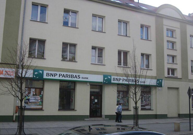 1200px-BNP_Paribas_Bank_w_Białymstoku