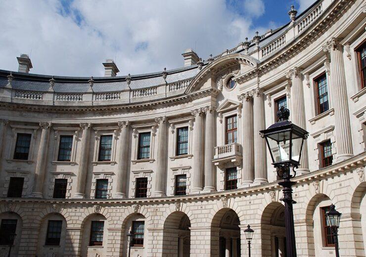 Inside_the_HM_Treasury_building