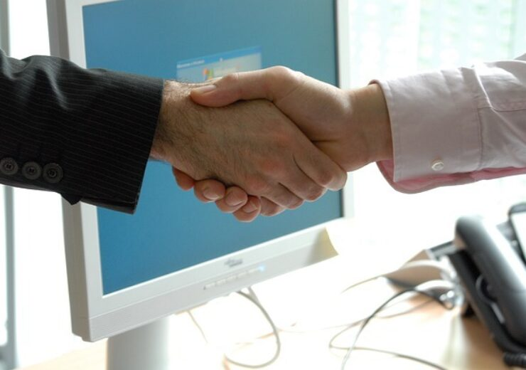 handshake-440959_640
