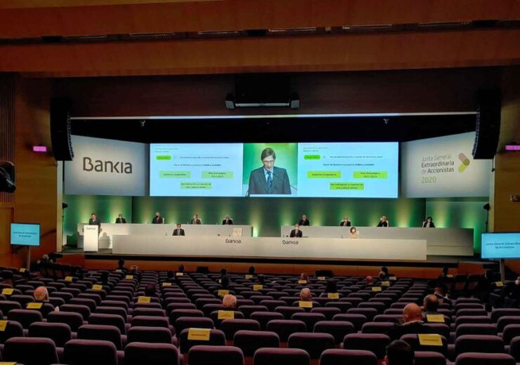 Bankia's shareholders approve €4.3bn merger with Spanish rival CaixaBank