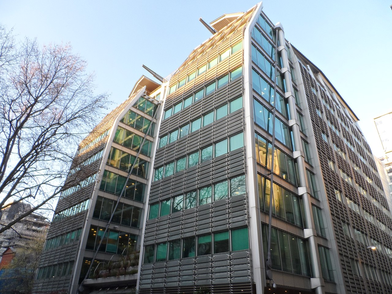 Lloyds to buy investment and retirement business Embark for £390m